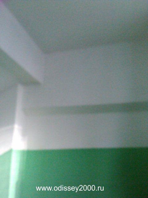 Покраска стен в многоэтажном доме, покраска монолитных домов, стены в подъездах, покраска стен водоэмульсионной краской, покраска лестничных проемов.